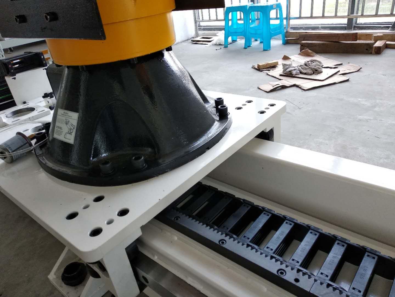地轨|机器人第七轴|鸿姿传动|鸿姿传动技术|机器人第七轴