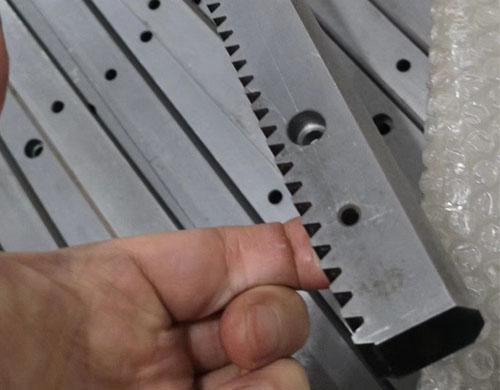 桁架机械手齿条导轨